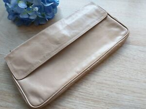 Vintage Saks Fifth Avenue Made in Italy Tan Leather Clutch Hand Bag