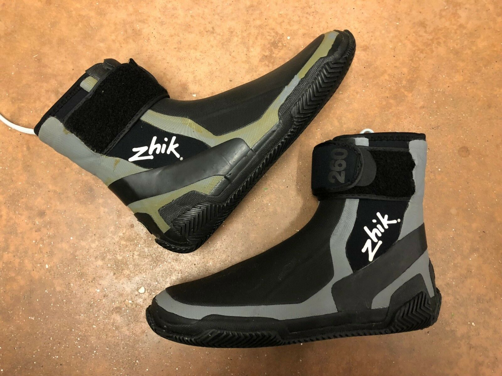 ZHIK HIGHCUT RACE BOOT Discolord, Size 8.5 US