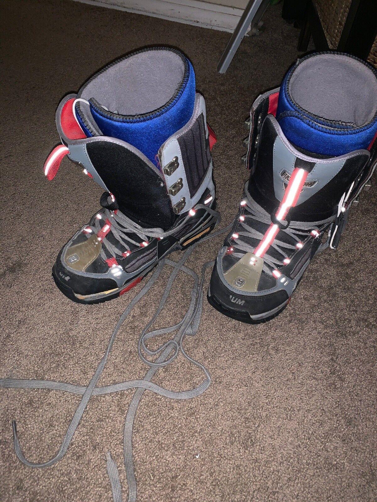 Size 10 -  Snowboarding Boots - Peter Line  enjoy saving 30-50% off