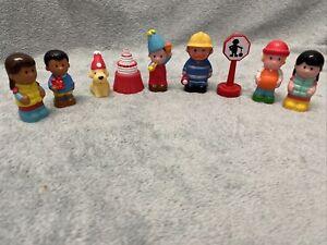 ELC HAPPYLAND Figure Bundle - 7 figurines et accessoires