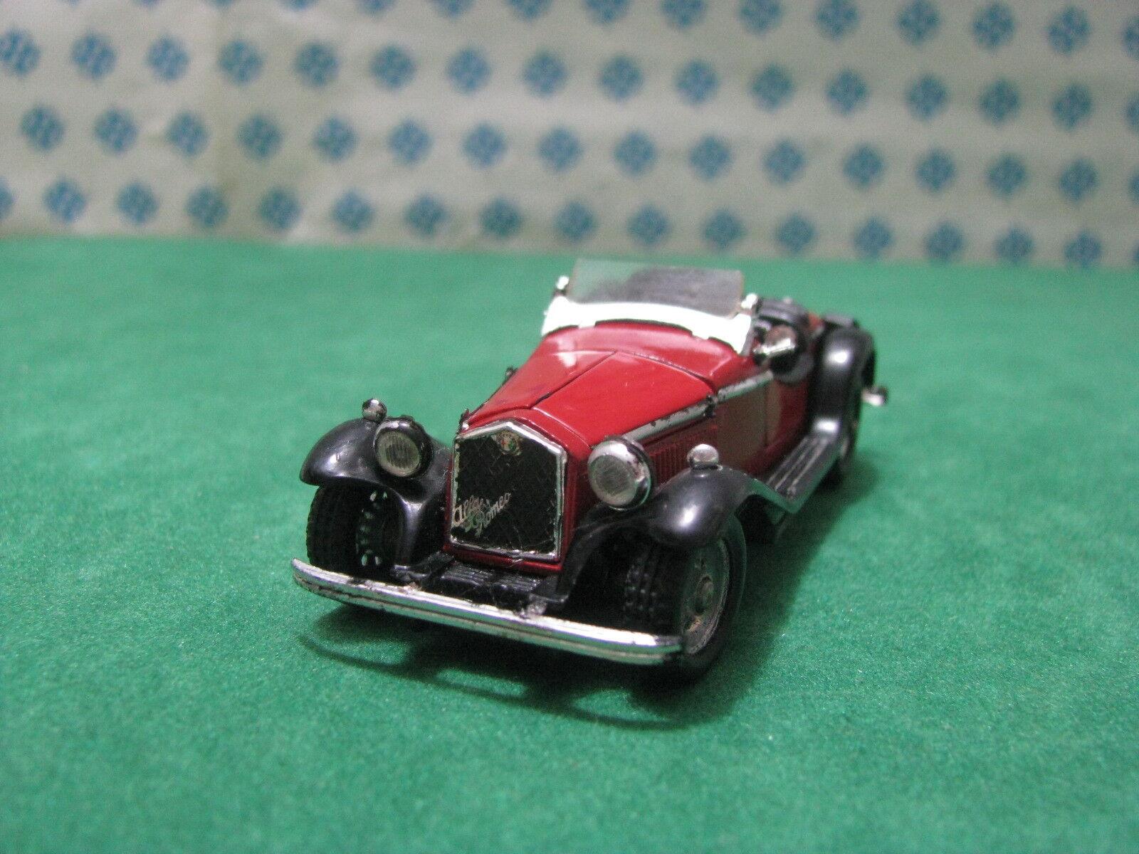 Vintage  -  ALFA ROMEO Gran Sport 4R zagato  - 1 43  Politoys-M532