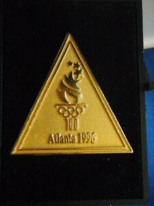 VINTAGE-ATLANTA-1996-OLYMPIC-GAMES-LIMITED-EDITION-TORCH-PIN-NEW-GOLD-TONE-CASE