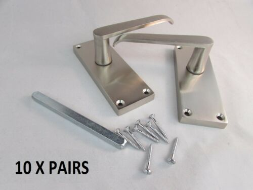 Satin Classic Stylish Victorian STRAIGHT Lever Latch Door Handles Internal D23