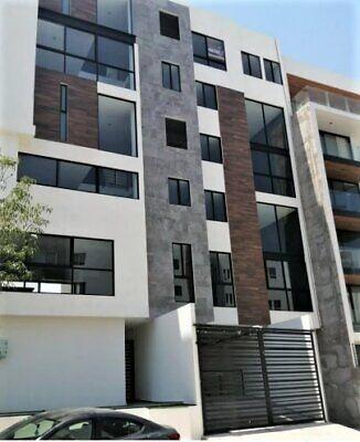 Duplex o Loft en Renta en Lomas del Tec con recamara en Planta Baja