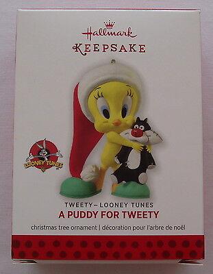 Hallmark 2013 Looney Tunes A Puddy For Tweety Bird Christmas Keepsake Ornament