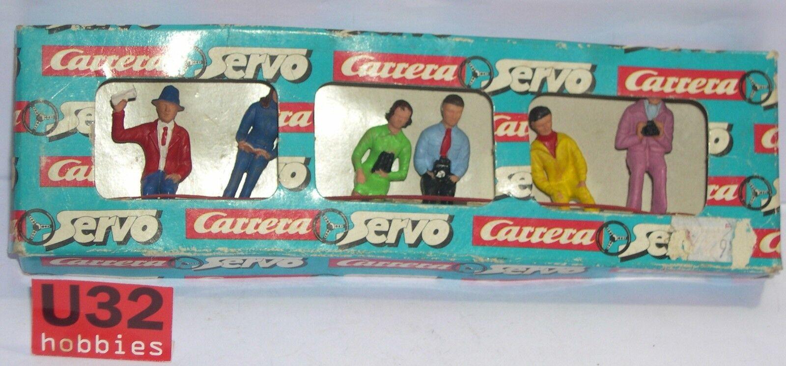 CARRERA SERVO SLOT FIGURES SPECTATORS 1 40