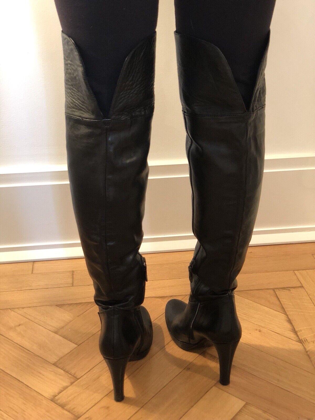 Julie Dee Sobre la Rodilla botas