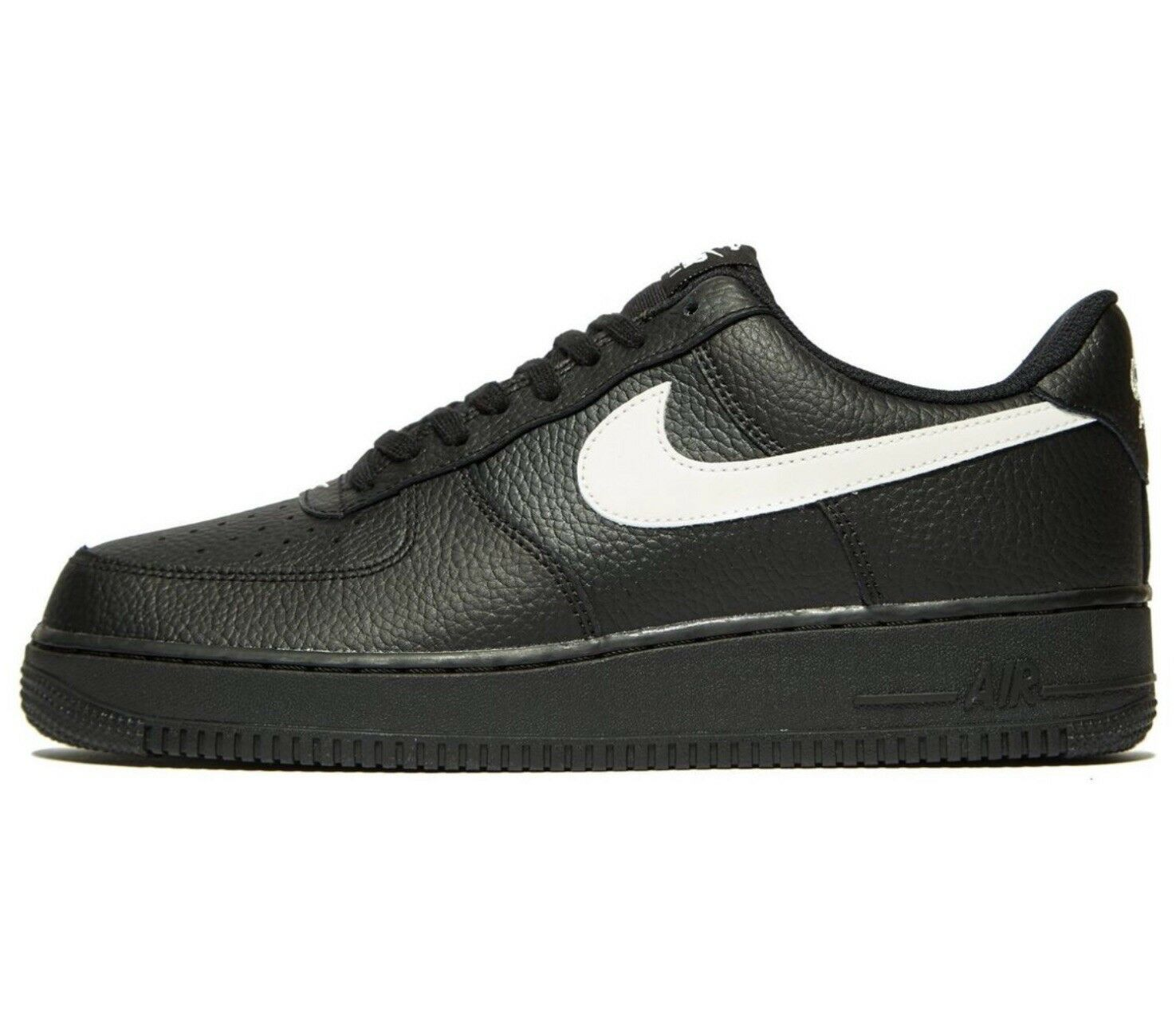 Nike Air Force 1 Trainers Noir & Blanc Homme