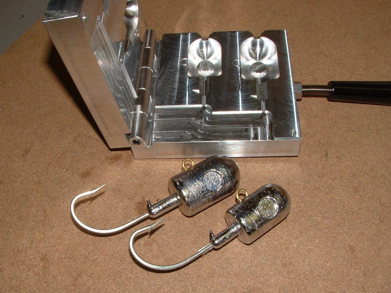 Saltwater Bullet Jig mold with eyes 12, 16oz CNC Aluminum