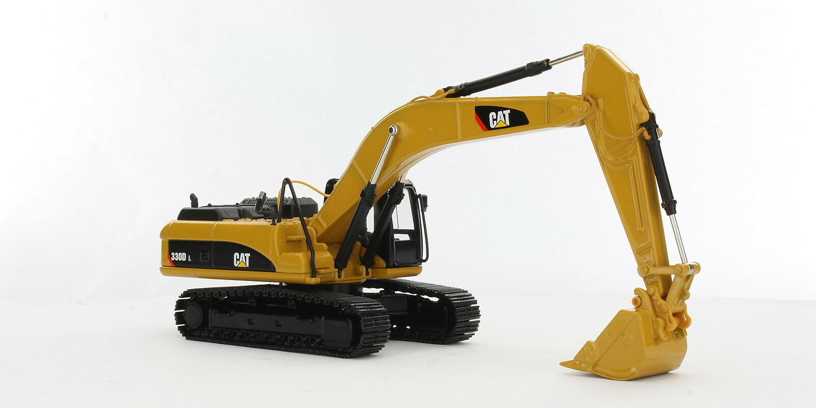 Caterpillar 1 50 scale Cat 330D L Excavator Diecast replica Norscot 55199