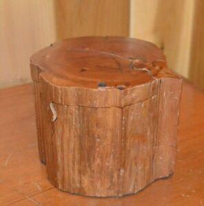 Carved-Wooden-Stump-Log-Jewelry-Puzzle-Trinket-Box-Cedar-Inside-Vintage