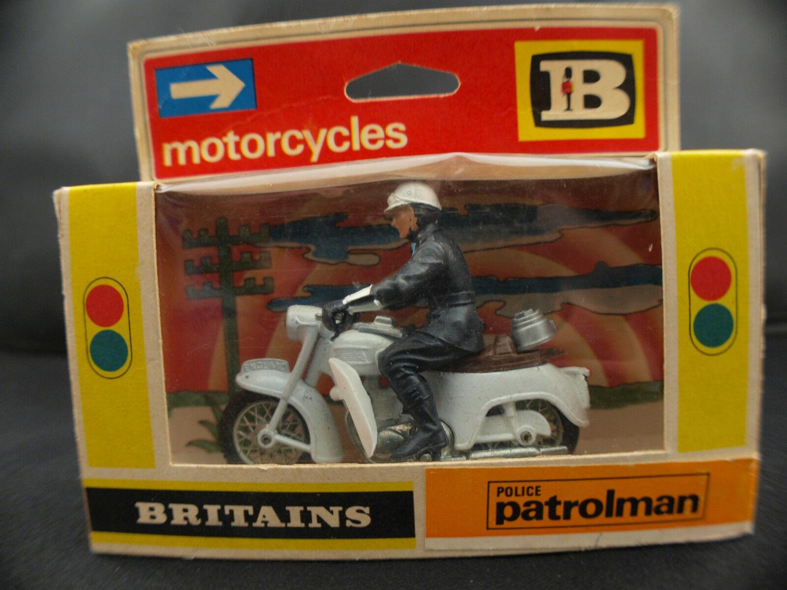 Britains  N° 9697 Police patrolman motocyclette 1 32 jamais joué boite boxed MIB