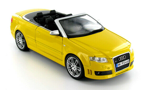 AUDI RS4CABRIOLET Gelb NEW IN BOX 1 18.