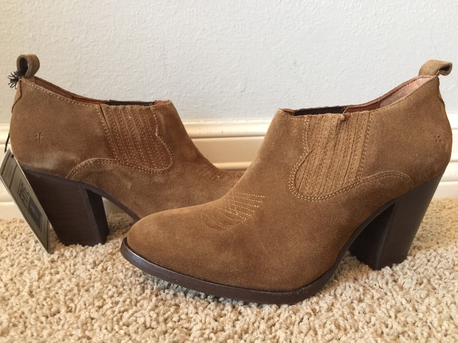New FRYE Ilana Short Cashew Brown Leather Suede Boots Shooties Sz 9.5 278