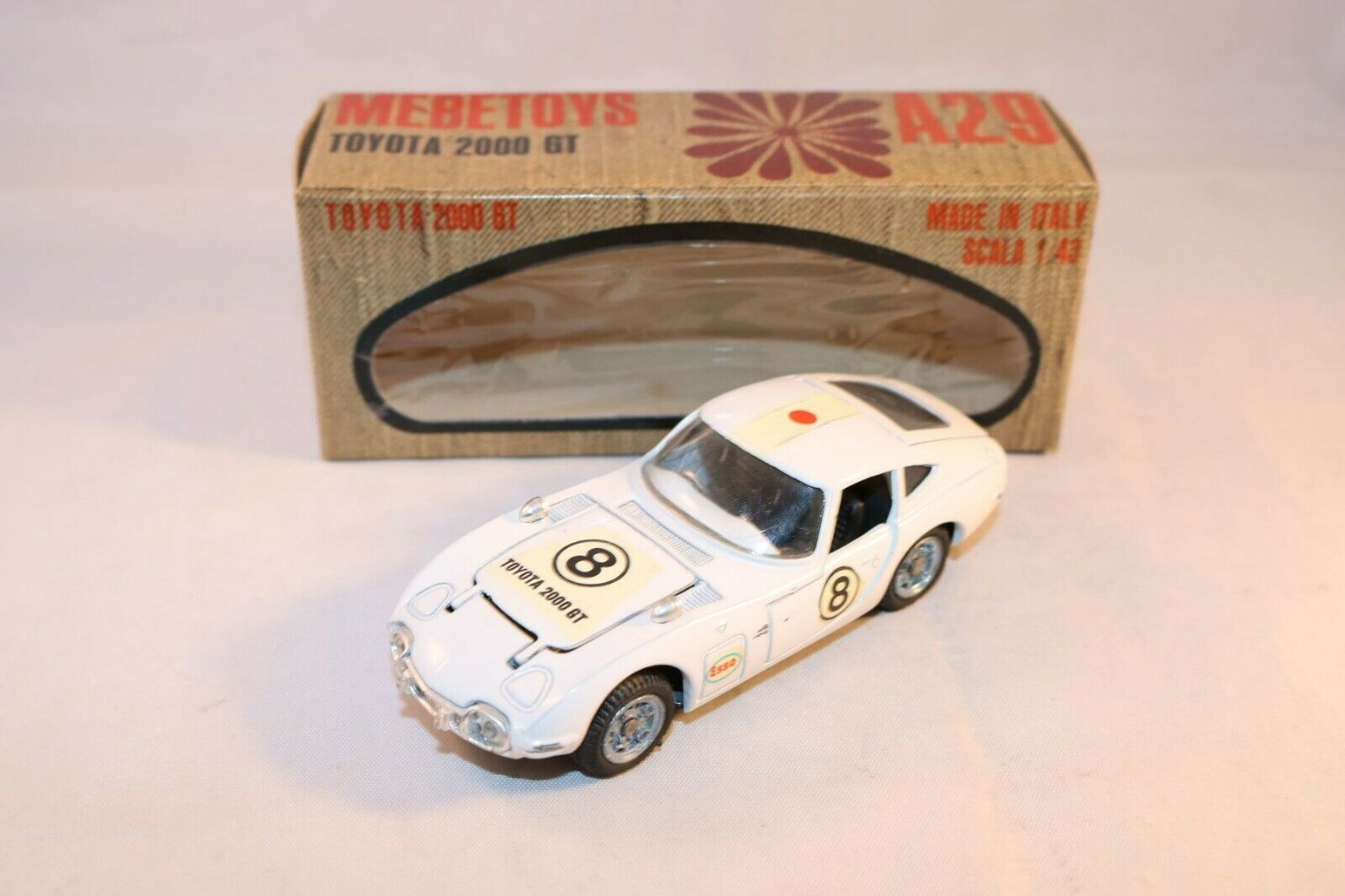 Mebetoys A29 A 29 Toyota 2000 GT near mint in a very near mint box - SUPERB
