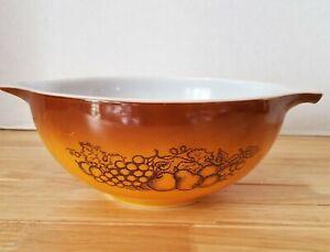 Pryrex Mixing Bowl Old Orchard 2 1/2 Quart, #443 Vintage Cinderella Bowl EUC