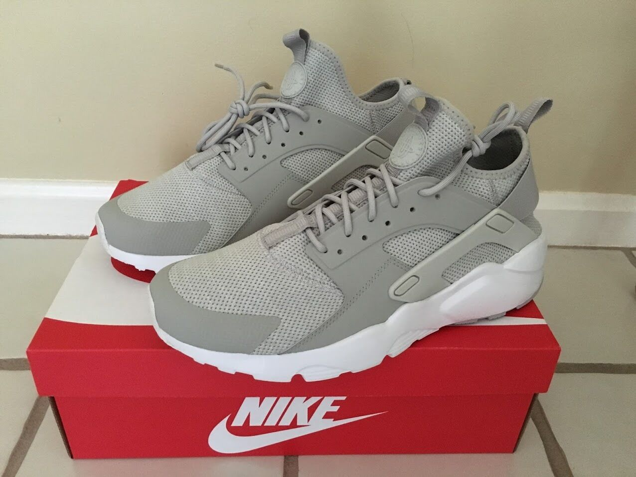 NIKE AIR HUARACHE RUN ULTRA SNEAKERS SIZE 11 833147002 BRAND NEW BEST OFFER
