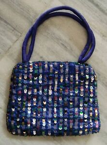 VINTAGE STYLE SALMA SITRA WORK ON SILK, TOTE SIDE WALKING HAND BAGS #33