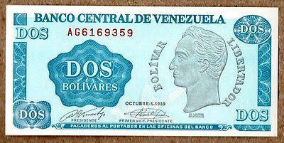 2  BOLIVARES  1989  Prefix AC   P 69    Uncirculated Banknotes VENEZUELA