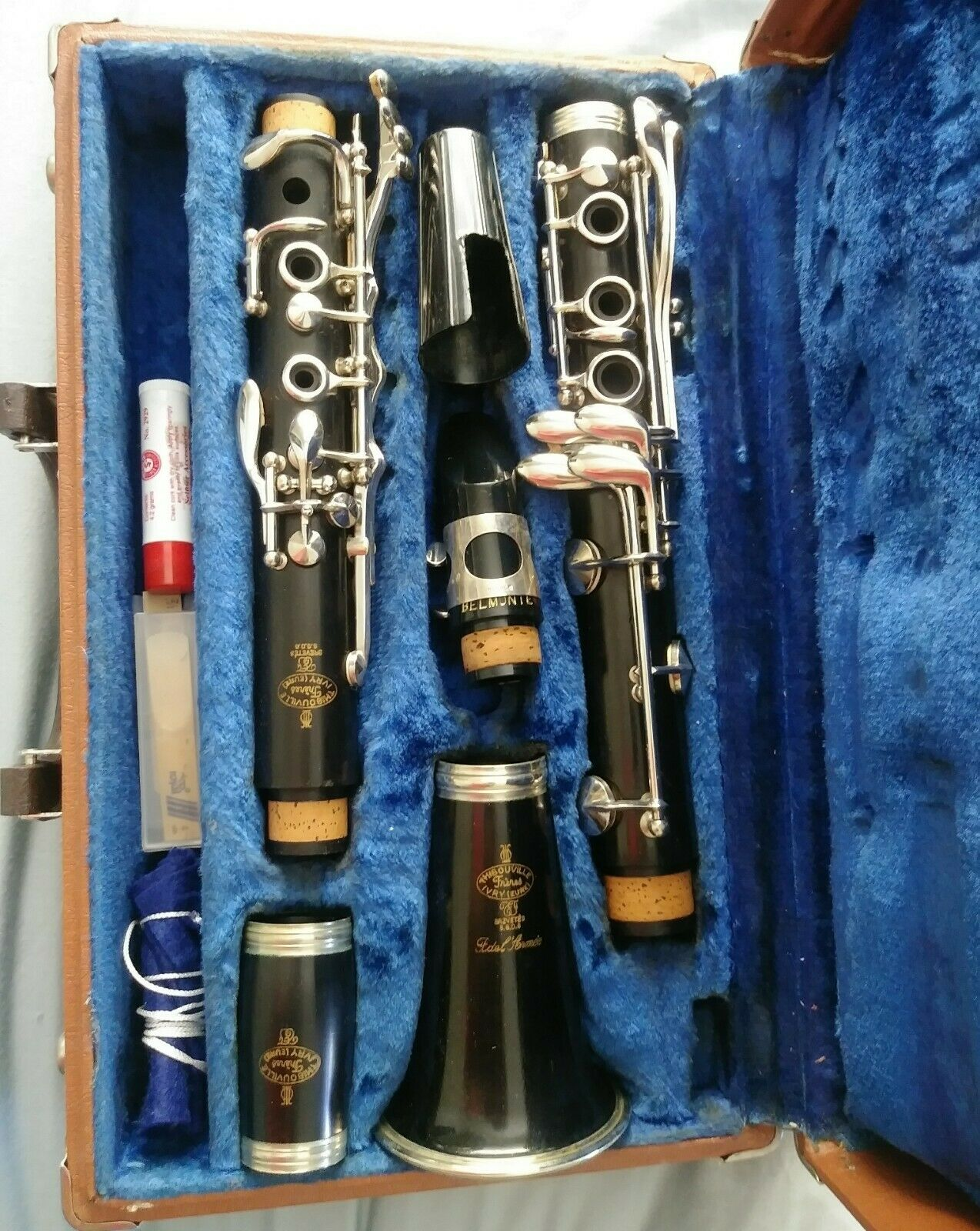 Thibouville vintage clarinet in stunning condition. Serial  604, fri shipping