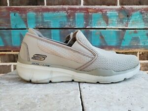 Details about Skechers Men's Relaxed Fit Equalizer 3.0 Tracterric Sneaker Size 11