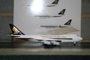 Jet-X-1-400-Singapore-Airlines-Cargo-Boeing-747-200F-9V-SQU-JX601-Model-Plane