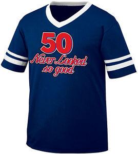 40 Never Looked So Good Birthday Joke Forty 40th Party Men/'s V-Neck Sport Tee