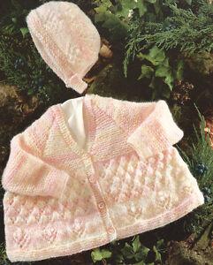c5f24d109 Flower Border V Neck Baby Matinee Coat   Bonnet DK 14 - 22