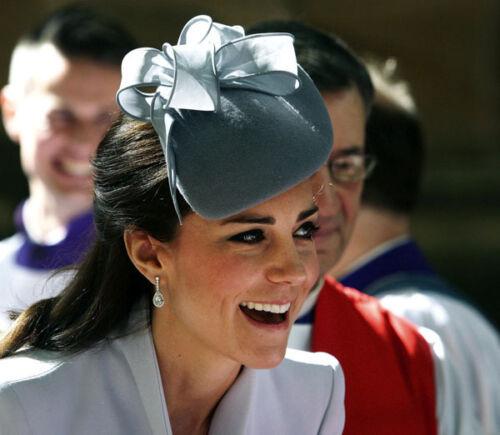 H5877 Duchess of Cambridge UNSIGNED photo Catherine
