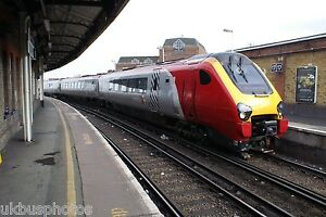 Cross-Country-220034-Clapham-Junction-2008-Rail-Photo