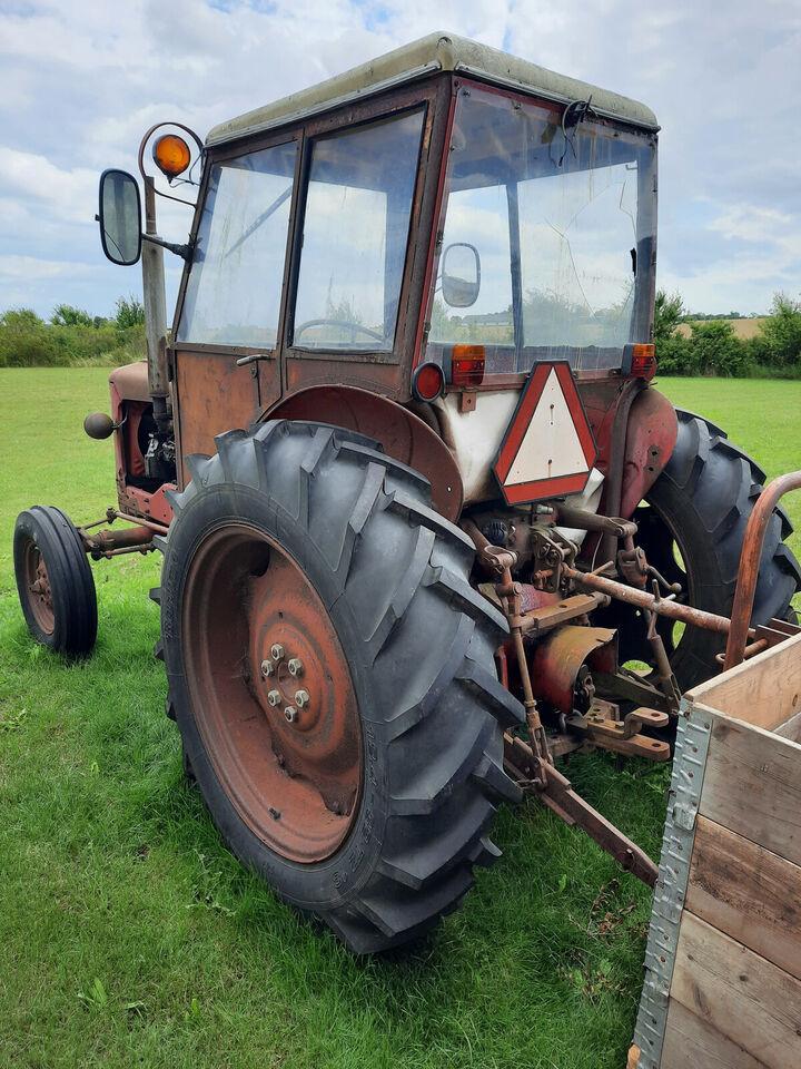 Volvo BM 400 Buster veteran traktor