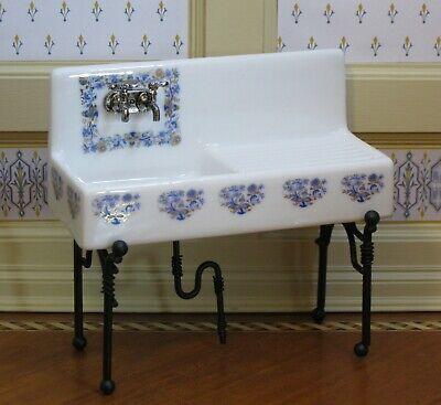 Reutter Porzellan White Kitchen Sink w// Blue Rose Pattern Dollhouse Miniature
