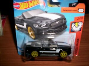 FORD-MUSTANG-GT-CONVERTIBLE-HOT-WHEELS