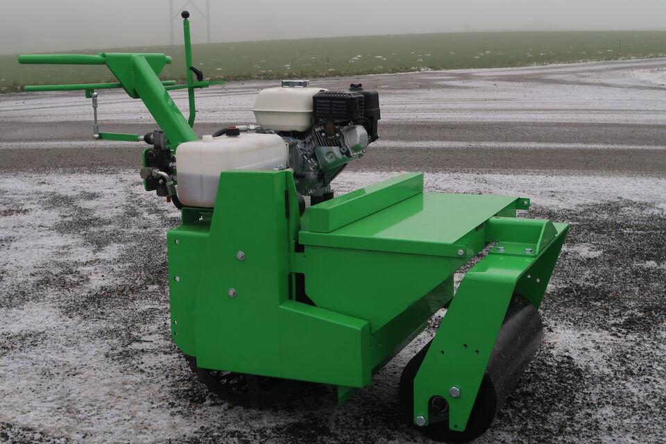 græssåmaskine  - græs såmaskine - stennedlægnin...
