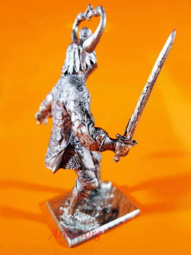 Tin Soldiers 54mm M82