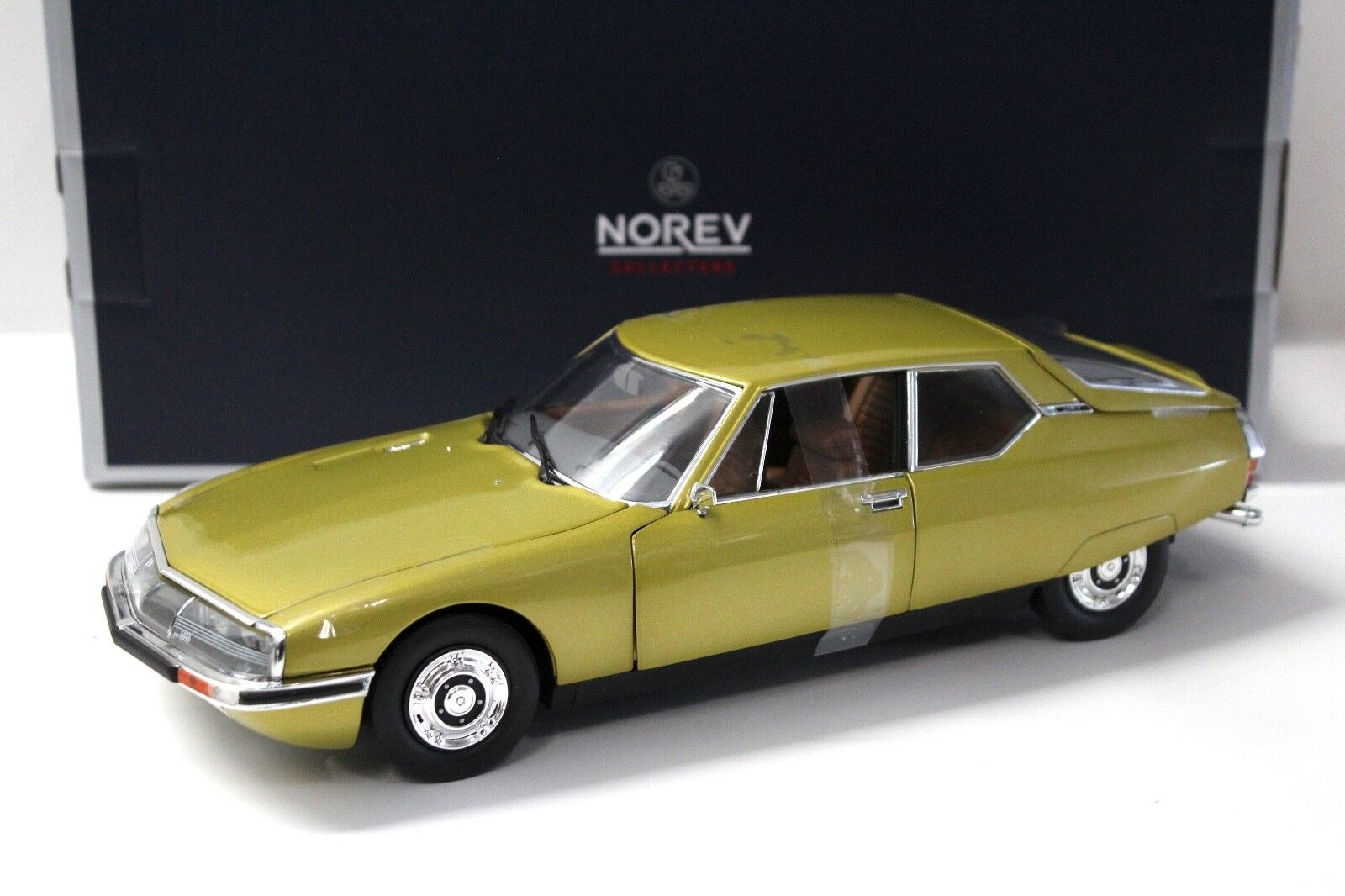 1 18 Norev Citroen SM 1971 Gold metallic NEW bei PREMIUM-MODELCARS