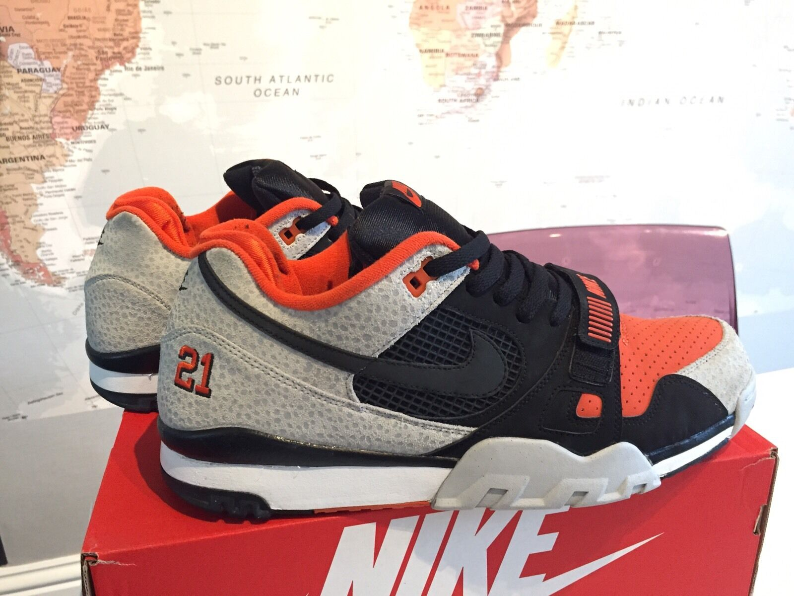 Used Nike Air Trainer 2 II Barry Sanders US 14   PRM QS