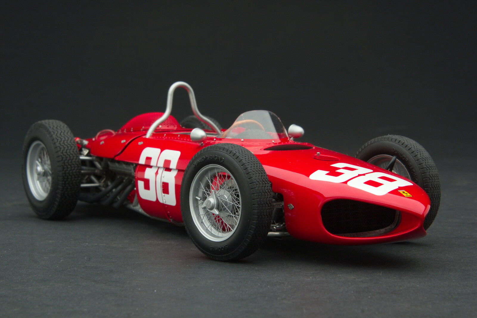 Exoto XS 1 18 1961 Ferrari Dino 156 65 Long Nez Phil Colline  Gpc97200
