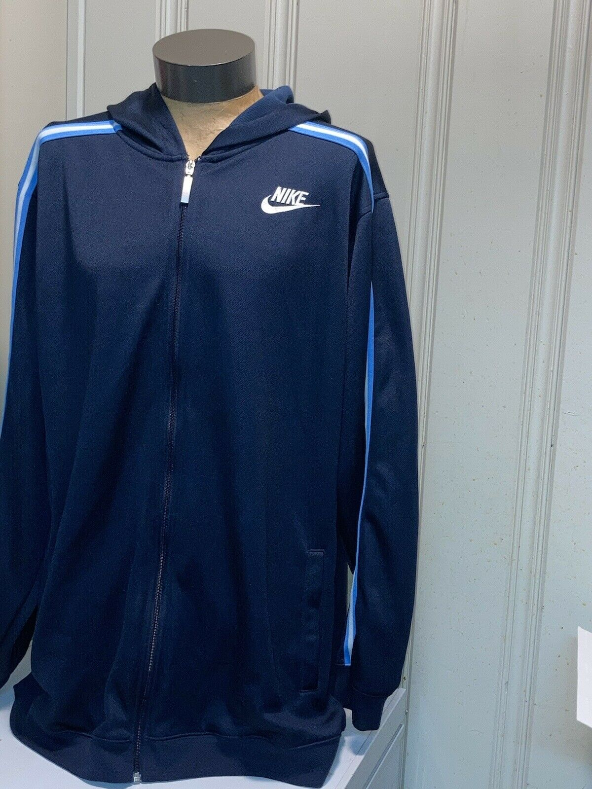 vintage 90s blue and white Nike swoosh hoodie XL … - image 4