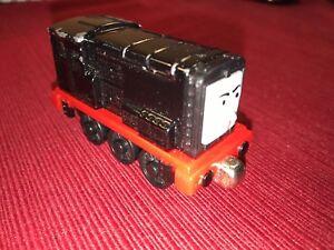 2009-Gullane-Metal-Die-Cast-Magnetic-Train-Diesel-Thomas-and-friends