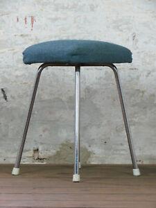 Mid-Century-Sitzhocker-Stool-Hocker-Vintage-70er-60er-Jahre