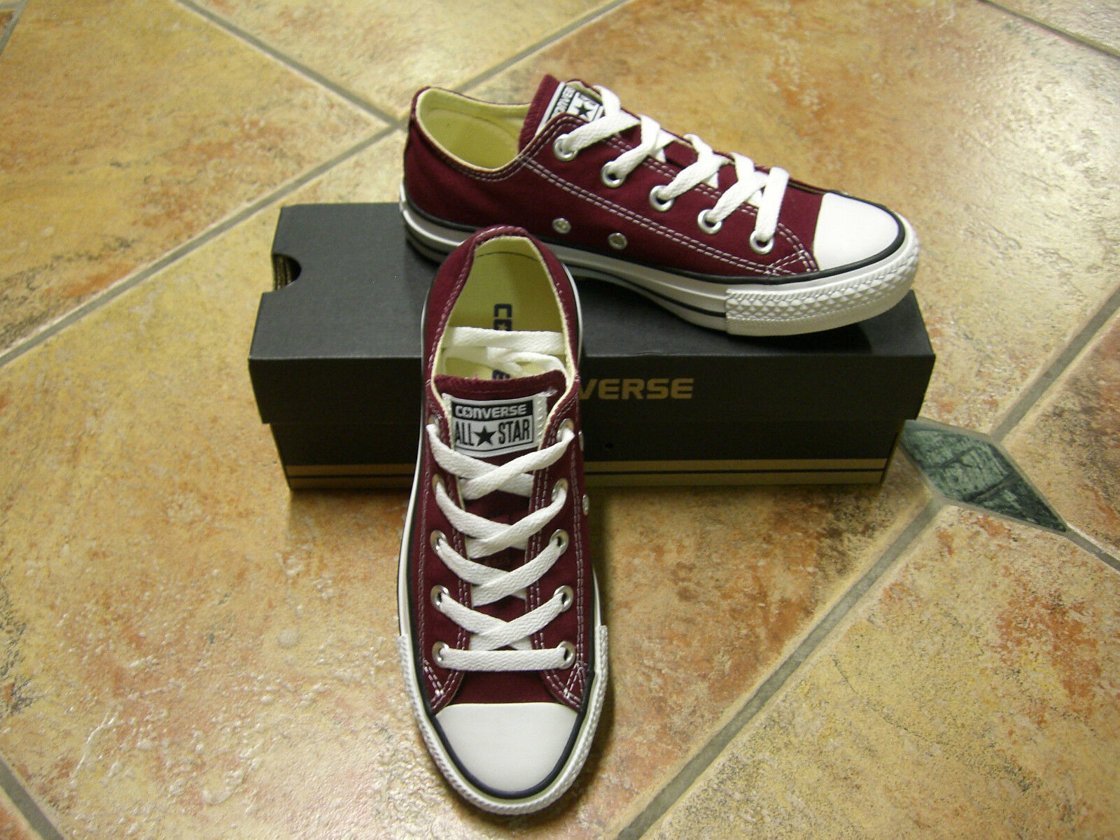 Converse Chucks All Star OX Größe 40  MAROON WEINROT M9691C NEU TOP