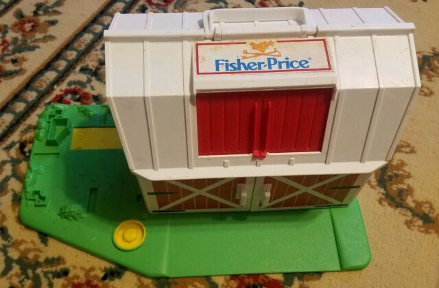 1990 Fisher Price Little People Farm 2555 Barn Only W Working Moo