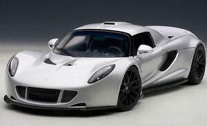 1/18 Autoart Hennessey Venom GT Spyder (gris) 2010