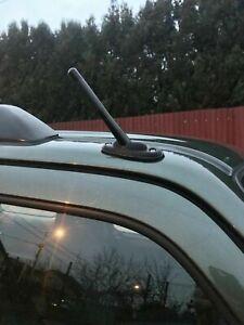 Suzuki-Jimny-and-Ignis-aerial-antenna-mount-antenna-direct-replacement