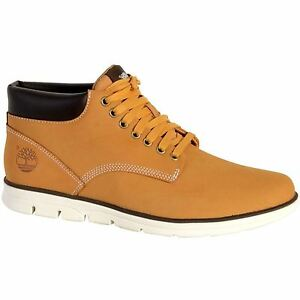66cce0ad3bf Details about Timberland Bradstreet Chukka Wheat Mens Chukka Boots