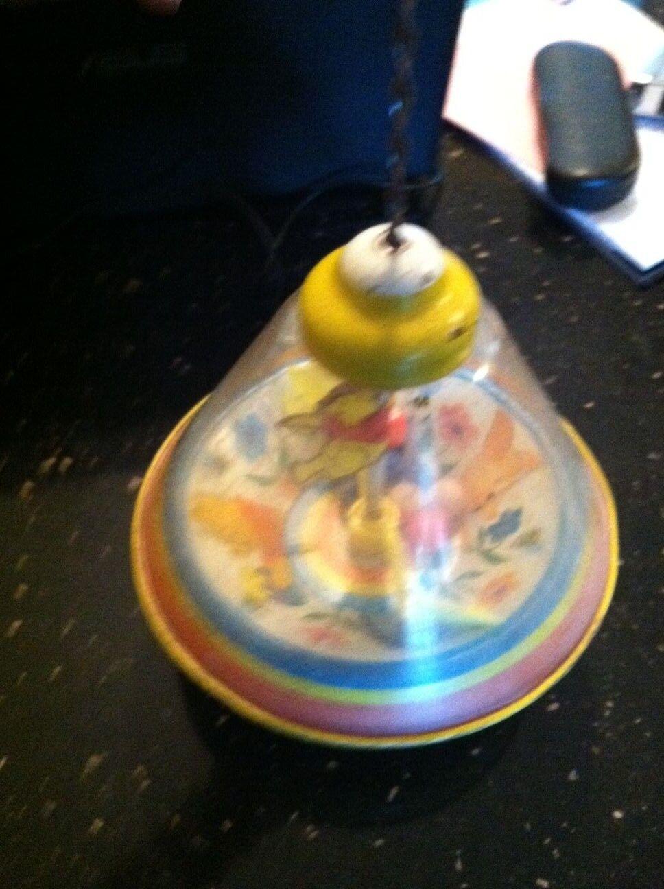 Vintage Rare Spinning Top-Ohio Art- Art- Art- Spiral Winnie the Pooh with balls 438e95
