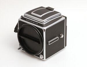 Hasselblad-500C-M-mit-Acute-Matte-Einstellscheibe