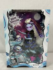 Abbey Bominable 2017 Monster High Exclusive Collector Doll