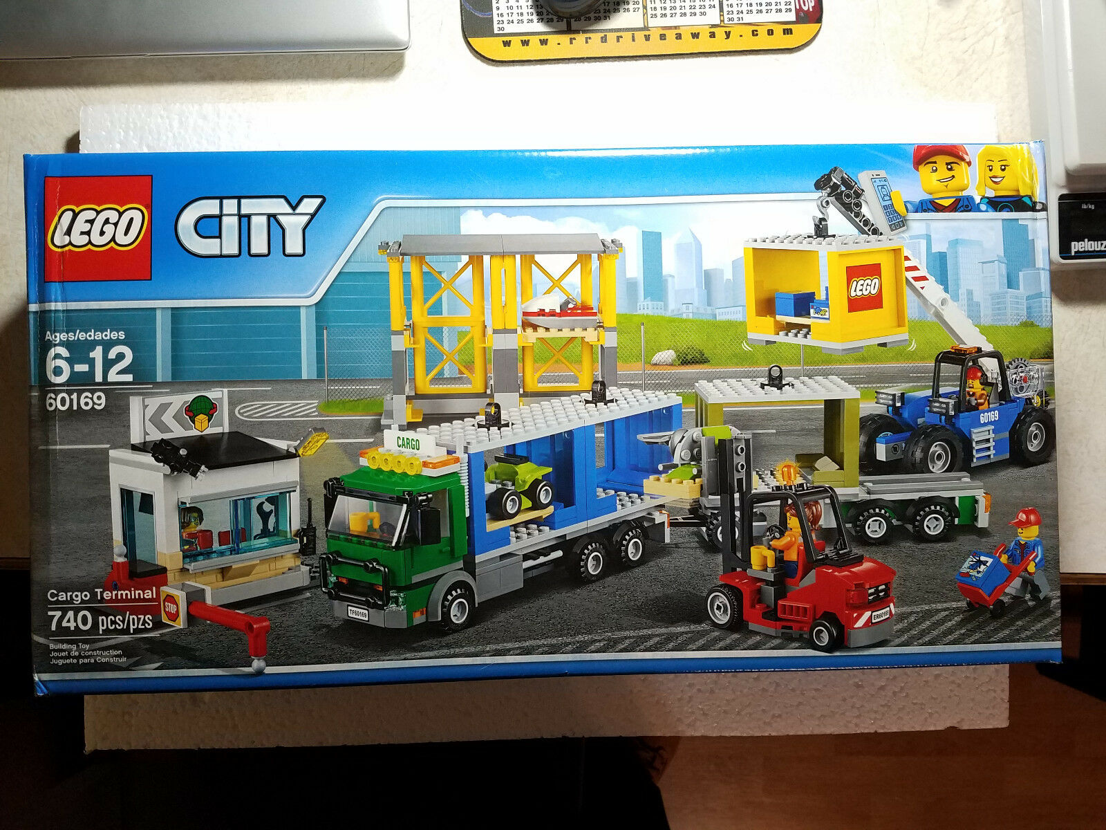 NEW LEGO City Town Cargo Terminal 60169 740 Pcs Building Toy Port